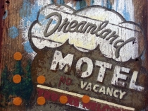 purcell_dlmotel_closeup2